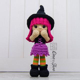 Amigurumi Crochet Needle Size : Ravelry: Willow the Witch Amigurumi pattern by Carolina Guzman
