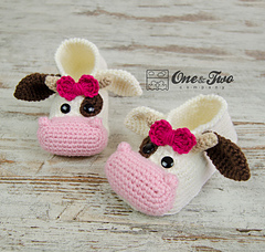 Doris_the_cow_booties_child_sizes_crochet_pattern_03_small