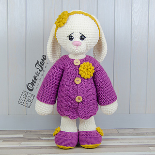 Blossom_the_big_bunny_amigurumi_crochet_pattern_01_small2