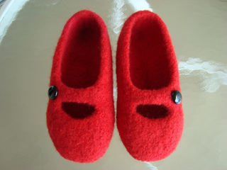 Tea_time_slippers_test_b_small2