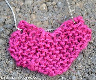 Heart-pendant_small2