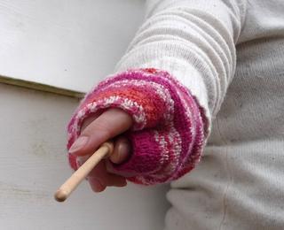 Wand_hand_small2
