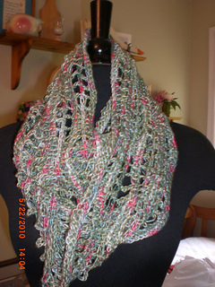 Infinity_scarf_and_bobble_purse_001_small2