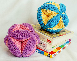 Crochet_clutch_ball_pattern__3_of_5__small2