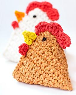 Beanbag_chicken_crochet_pattern_-_edit_small2