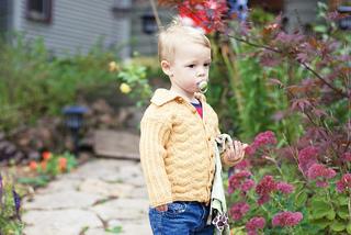 Dugdale_baby_set_by_corrina_ferguson_sweater_3_small2