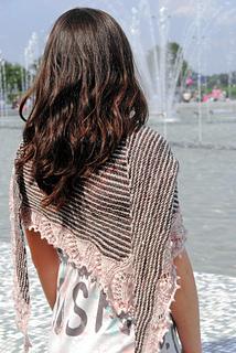 Metropolitan_shawl_polkaknits_2_small2