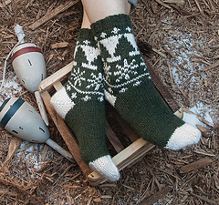 Snowy-pines-sock_small