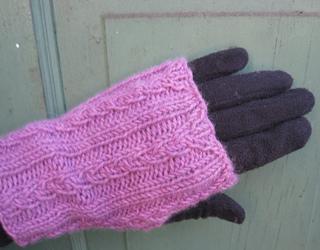 Avenue_over_glove_small2