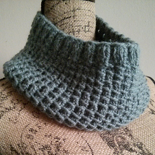 Bamboo_stitch_cowl_small2