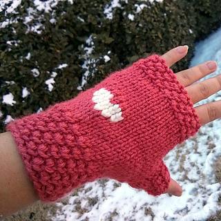 Valentine_s_day_gloves_1_small2