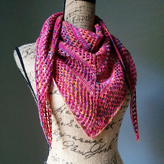 Effortless_lace_knit_shawl_2_small2
