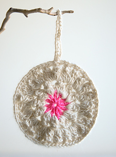 Crocheted_xmas_2012-600-2_small2
