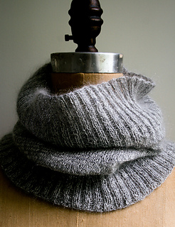 Salt-pepper-cowl-600-3_small2