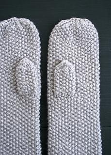 Seed-stitch-mittens-600-6_small2