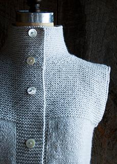 Garter-stitch-cardigan-vest-600-5_small2