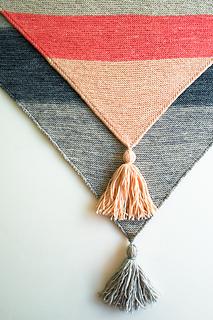 Colorblock-bias-blanket-600-4_small2