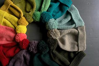 Classic-cuffed-hats-wt-600-9-661x441_small2