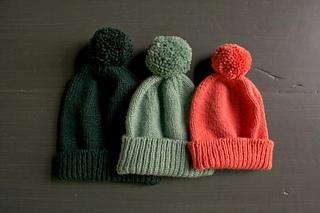 Classic-cuffed-hats-wt-600-20-661x441_small2