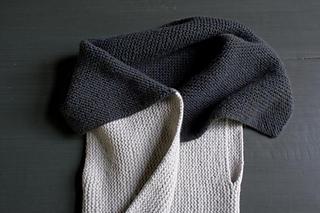 Sideways-garter-vest-600-19-661x441_small2