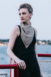 Quince-co-supermoon-hannah-fettig-knitting-pattern-sparrow_1_small2