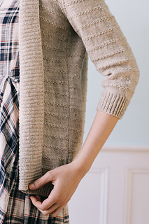 Quince-co-eventide-hannah-fettig-knitting-pattern-finch_4_small2