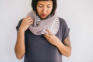 Quince-co-fog-harbour-fiona-alice-knitting-pattern-ibis-5_small2