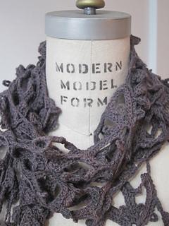 Crochetscarf2_small2