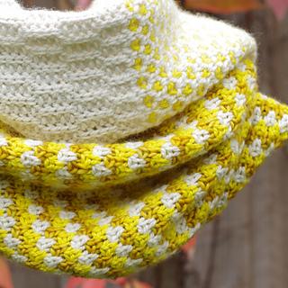 Stitchblockcowl_5b_small2