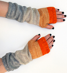 Whit_s_knits_colorblock_hand_warmers_2_small