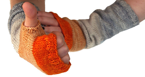 Whit_s_knits_colorblock_hand_warmers_7_medium
