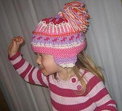 Colorful_hat_with_earflaps_3_small