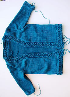 Coin_cable_cardigan_img_4849_small2