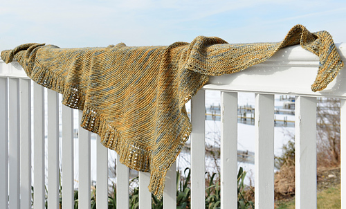 Side_to_side_shawl__dsc6964_medium