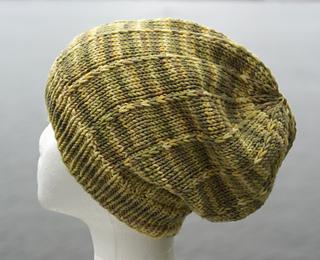 Slouchy_hat_dsc00493_small2