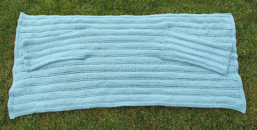 Cardigan_shawl__flat_medium
