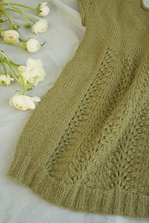 Back_lace_small2