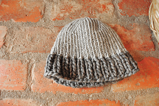 Hat111290808w_small2