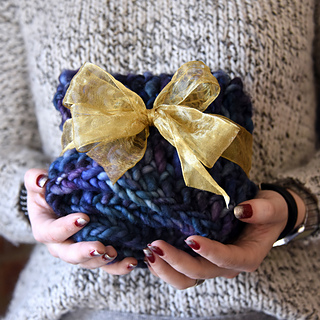 Giftcowl111532217w_small2