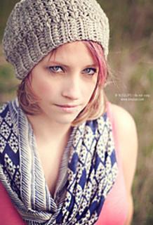 Favorite_slouch_bleu_lips_small2