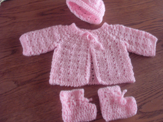 Ravelry Twin Stitch Baby Sweater Hat And Booties