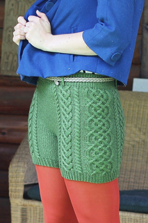 Irish-cable-bomb-knitting-pattern-katie-canavan-holla-knits-knit-picks-gloss-dk5_small2