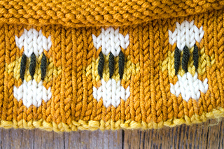 Beehive_hat_53_small2