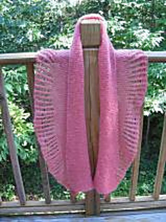 Bedford_springs_shawl_with_cobweb_frill_small2