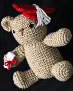 Amigurumi Type Of Yarn : Ravelry: Amigurumi Graduation Bear pattern by Lion Brand Yarn