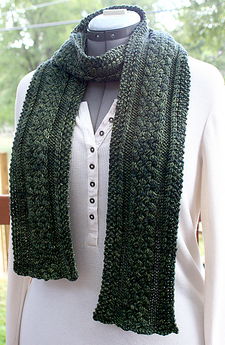 Stoney_run_trail_scarf_1_medium