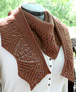 Elly_shawl_4_small2