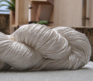 Duke_silk_yarn__small2