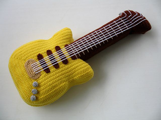 Guitar_003_small2