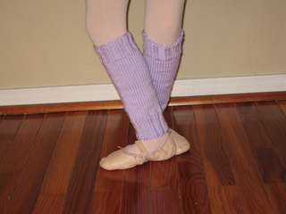 Knitting Patterns For Leg Warmers For Ballet : Ravelry: Easy-Peasy Leg Warmers pattern by Megan Grewal
